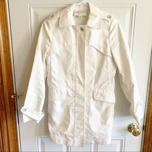 Banana Republic Fitted Trench, S, Cream Color